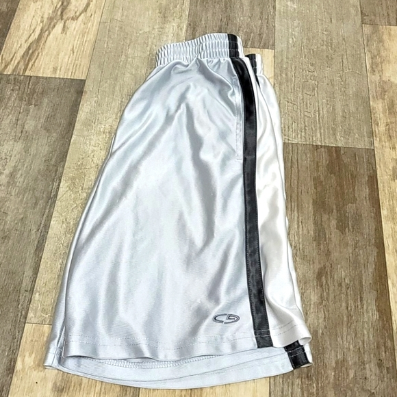 Boys Champion Shorts 8/10